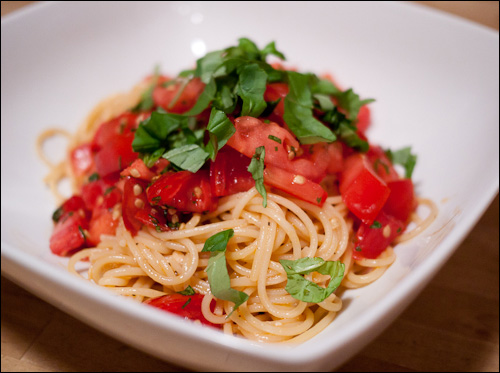 spaghetti with tomato butter